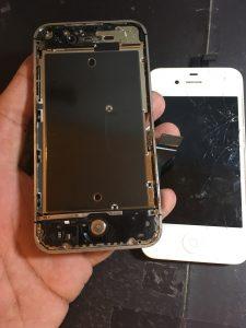 アイフォン4s分解