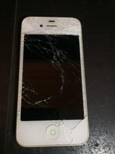 修理前iPhone4s