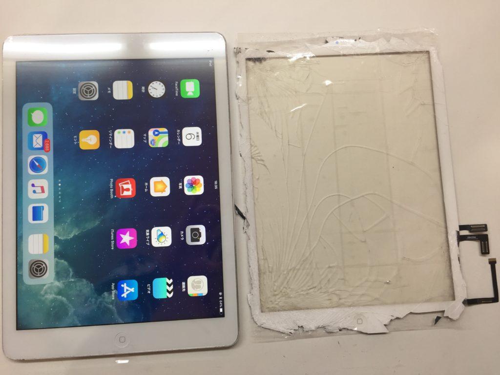 割れたガラスパネルと修理後のiPad Air