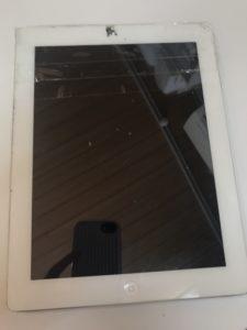 フロントガラスが割れたiPad3